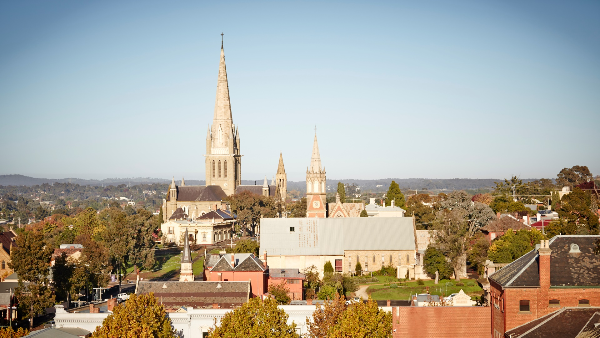 Poppet Head View over Bendigo - Image by Ewen Bell