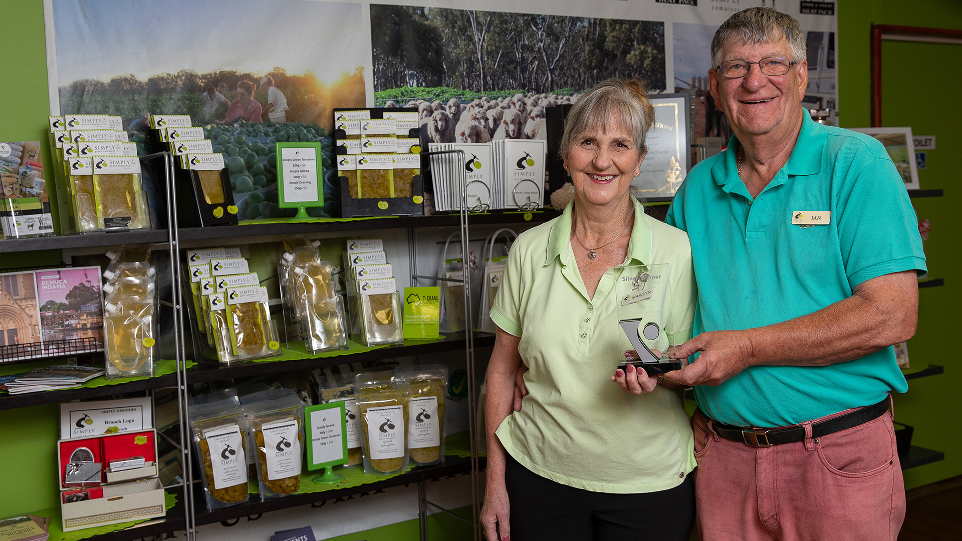 Discover award winning local produce at Simply Tomatoes